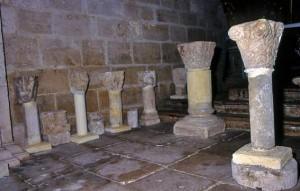 capiteles en la capilla del Rosario