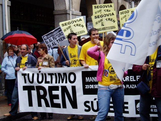 Manifestación en favor del ferrocarril