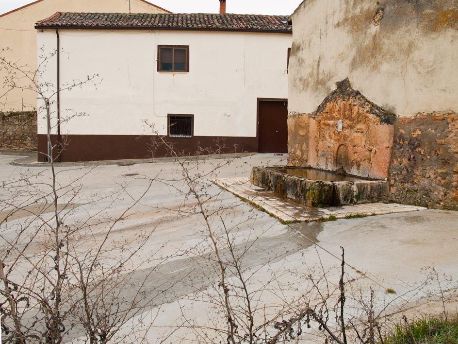 Caño de San Juan y casa de la Morenilla