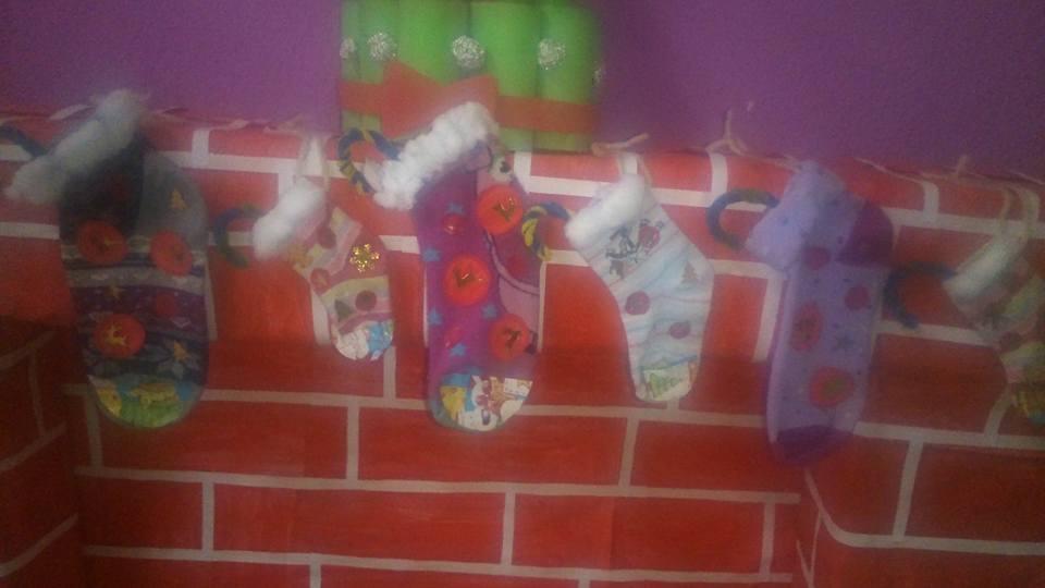 Calcetines reciclados colgados