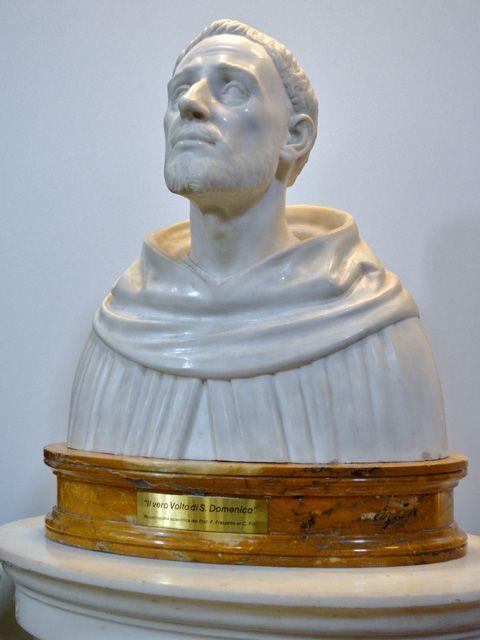 Busto en marmol blanco del vero volto de santo Domingoo de e